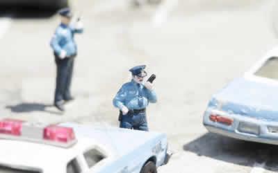 夢 られる 警察 追いかけ に
